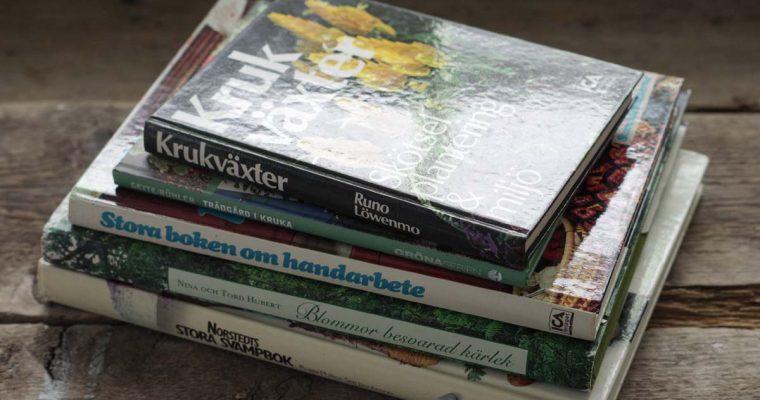 Fynda växtböcker på loppis